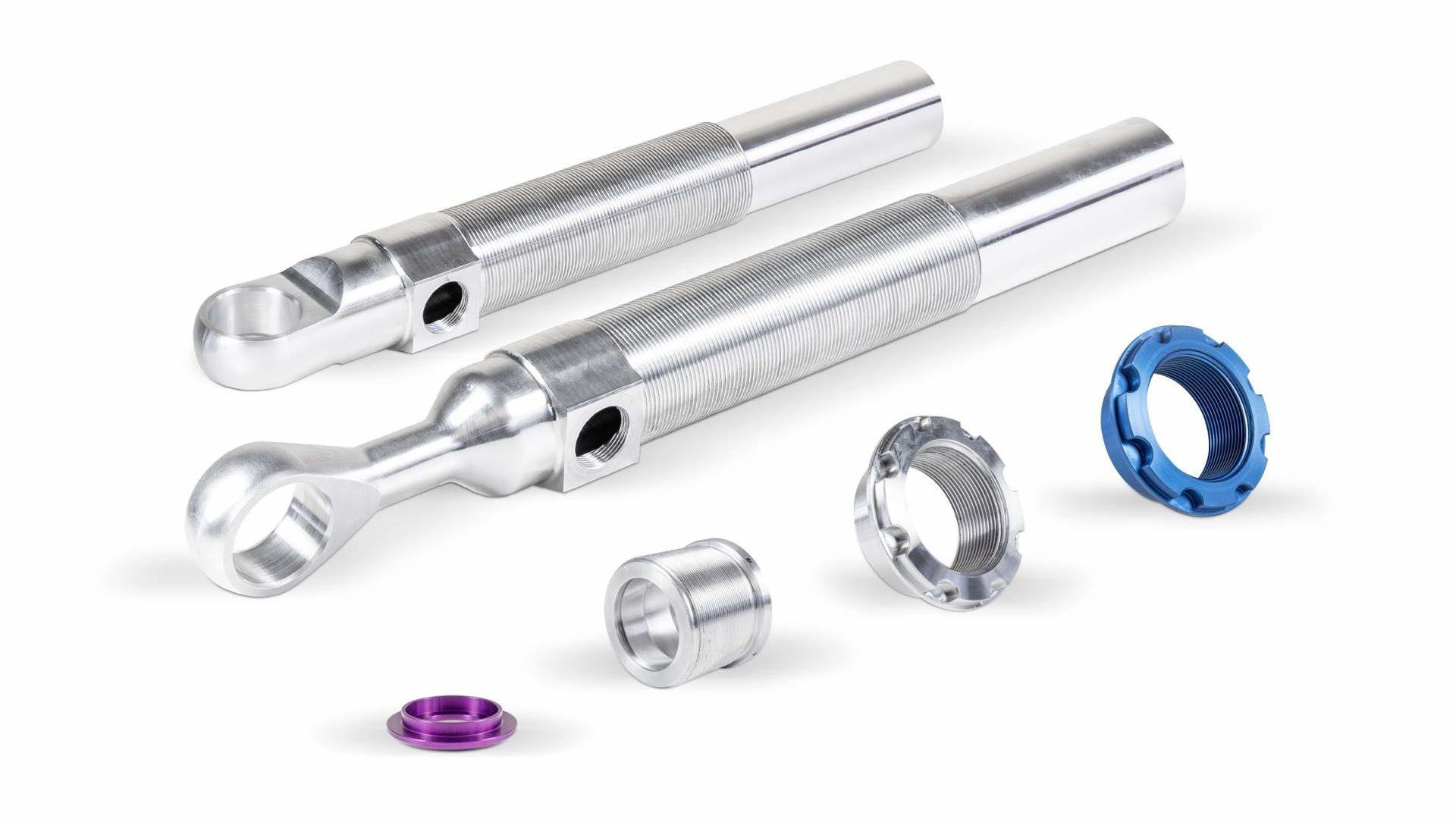 Wir bieten ein breites Spektrum von Drehteilen sowie Frästeilen für die Automobilindustrie.